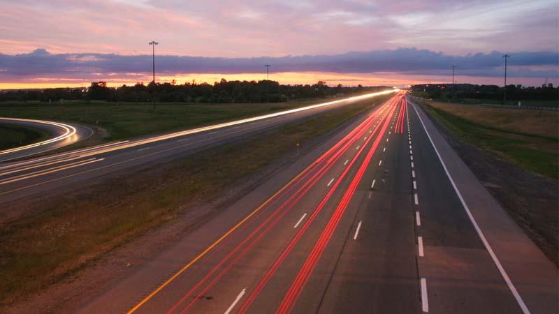 Qué hacer si tienes un accidente en la autopista