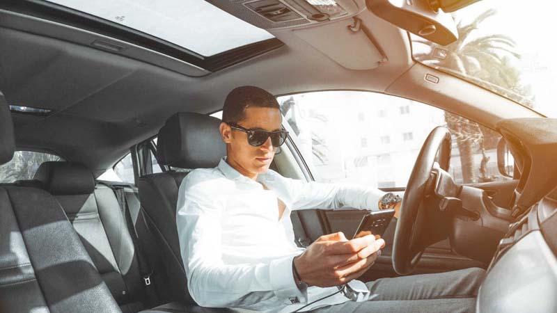 Motivos de distracción al volante
