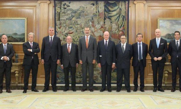 El rey recibe la visita de Automobile Barcelona