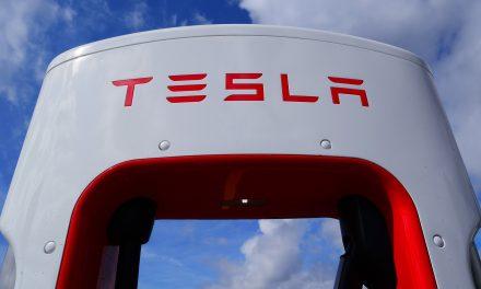 Tesla comenzará a construir vehículos autónomos a bajo coste